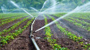 Agua subterránea para el campo y también la ciudad