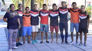 Los campeones celebraron en el microcentro de Paraná. Ahora van por más.
