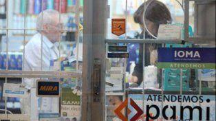 Critican la política de ajuste que aplicará el PAMI al recortar la entrega de medicamentos gratuitos