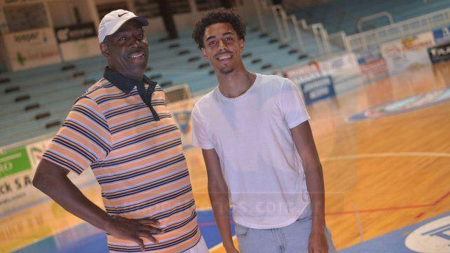 Charles y su hijo Xavier