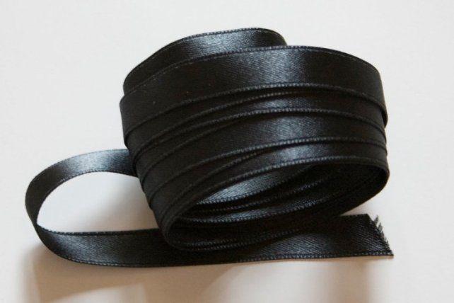 En Paraná también convocan a colgar cintas negras contra la violencia machista