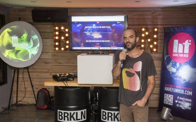 Felipe Ieder agarró el micrófono y explicó convencido su decisión de realizar el lanzamiento en Paraná. Foto Gentileza Agustín Zuttión.