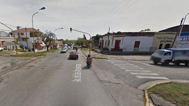 Un herido grave por un accidente en Avenida de las Américas