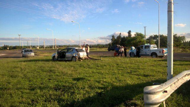 Tres heridos tras un fuerte choque en Acceso Norte y Maya
