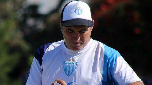 Carlos Macchi sucederá en la conducción técnica a Marcelo Broggi.