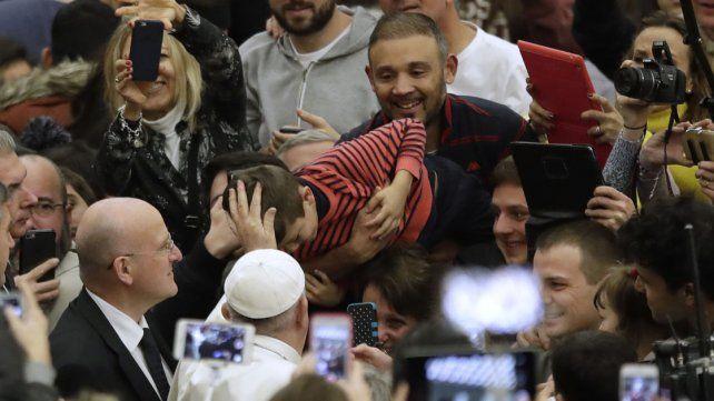 El Papa destacó el lanzamiento de la versión argentina del diario oficial del Vaticano