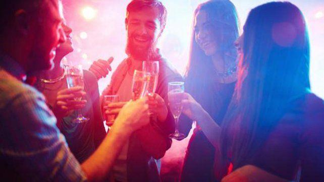 La ingesta de alcohol también aumenta durante estas fechas
