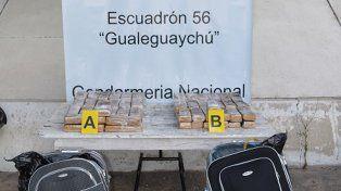 Secuestraron 50 kilos de marihuana que estaba oculta en valijas
