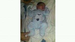 Lorenzo nació a las 0.19 y es el primer bebé de 2017 en Paraná