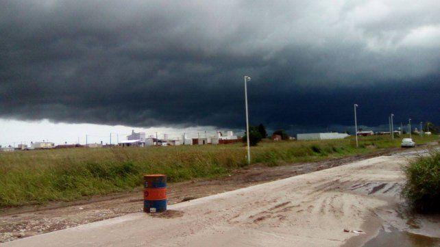 Impactante imagen de la tormenta que está llegando a la región