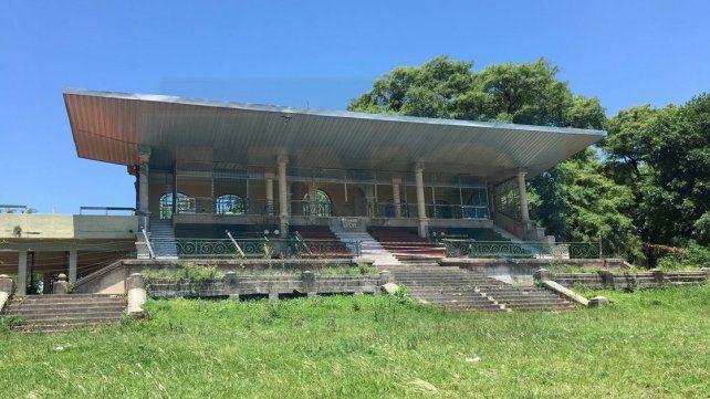 El municipio negocia revisión del convenio con el Jockey Club