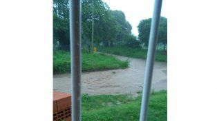 Por las lluvias, 32 familias victorienses debieron ser auxiliadas en lo que va del año