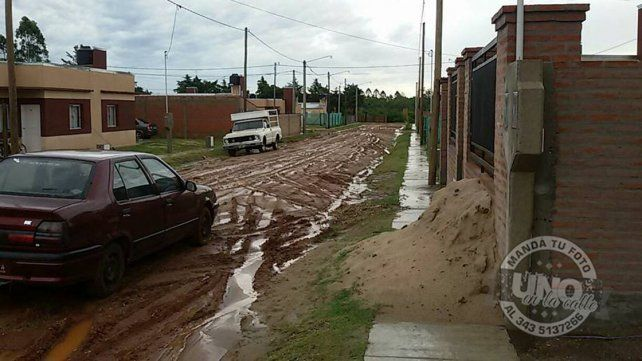 Imposible transitar por barrio Simón Bolívar