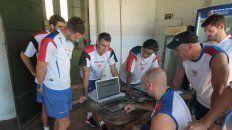 Los jugadores de Atlético Paraná realizaron evaluaciones de fuerza, resistencia y potencia.