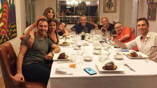 La intimidad de la cena que organizó Rial para celebrar la temporada 17 de Intrusos