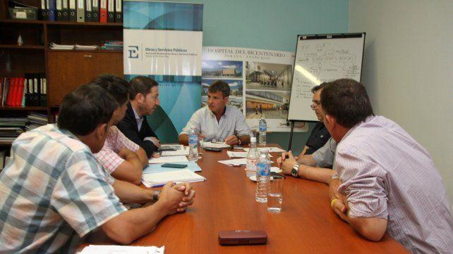 Acuerdan acciones para dar continuidad a las obras en hospitales de Gualeguaychú y Basavilbaso