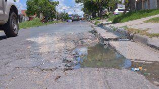 Zona de riesgo. En Garrigó y Provincias Unidas hay pozos de grandes dimensiones. Ya hubo accidentes en la zona.