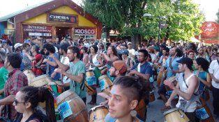 Masiva manifestación en contra del loteo de la reserva natural en El Bolsón