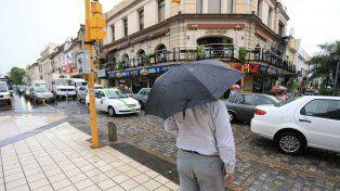 Alertan por tormentas fuertes, ráfagas y caída de granizo