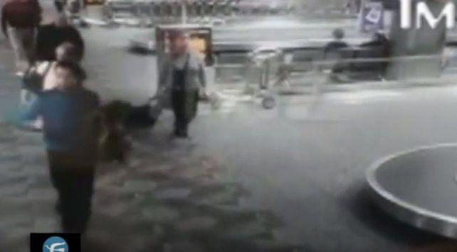 Video:  imágenes del instante en que el tirador de Fort Lauderdale comienza a disparar