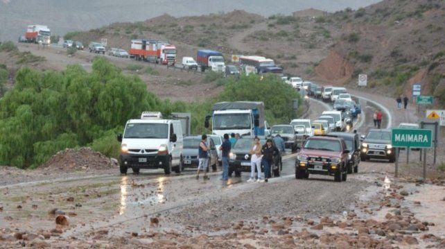 Alerta por un alud en Jujuy: hay dos muertos y decenas de evacuados