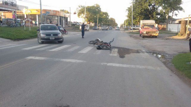 Conductores fueron hospitalizados tras un grave accidente en avenida Zanni