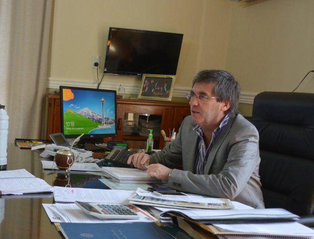 Ballay en su despacho. Foto Twitter.