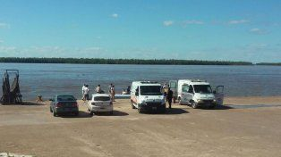 Conjunto. La Policía de Entre Ríos puso todos los equipos de búsqueda a disposición de Prefectura.