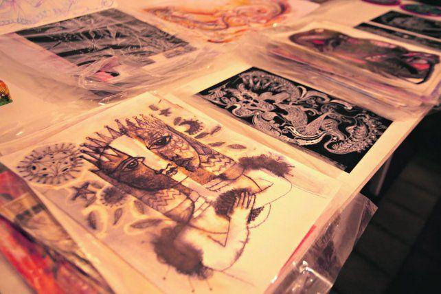 Arte y objetos antiguos en exposición