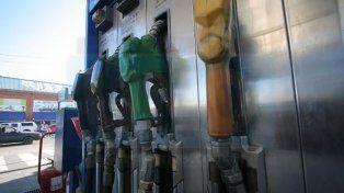 Los combustibles vuelven a aumentar este viernes por una suba de impuestos