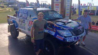 Di Palma (copiloto) y Naivirt tuvieron que despedirse del Dakar por problemas en su unidad.
