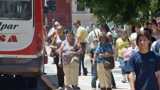 El lunes comenzará a funcionar la línea de colectivos Área Metropolitana