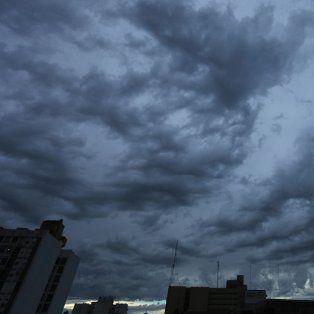 Rige un alerta por tormentas fuertes en la provincia