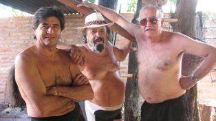Celebrar la amistad. Yoyi, Guarany y otros paceños compartieron montones de vivencias.