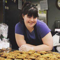 No la contrataban por tener síndrome de Down y abrió su propia panadería