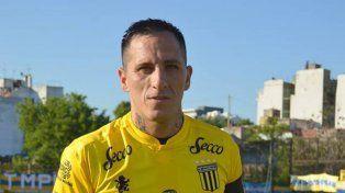 En el 2016 Pablo Migliore integró el plantel de Almirante Brown, en la B Metropolitana.