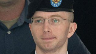 Barack Obama redujo la pena a Chelsea Manning