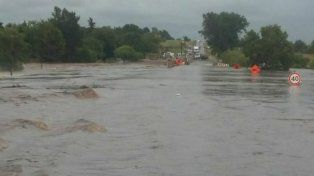 En 2014 habían advertido que obra vial sobre RP11 impedía el escurrimiento de arroyo Del Salto