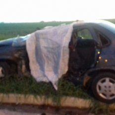 Una persona murió y otras seis resultaron heridas en un tremendo choque en la ruta 20