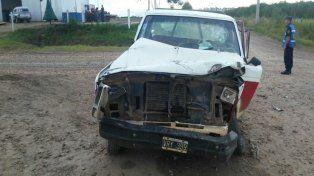 Dos heridos al chocar una camioneta contra la parte trasera de un acoplado