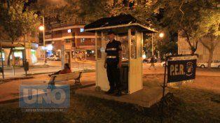 Robó un celular en plaza Sáenz Peña y lo quiso vender en la del Bombero