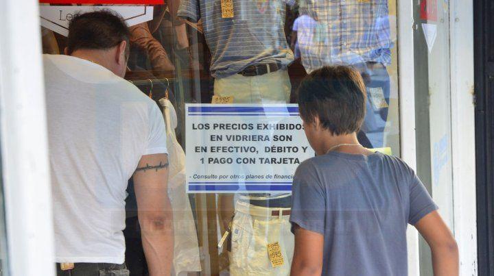 Precios nublados: comerciantes no saben cómo armar las vidrieras