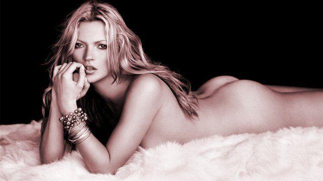 Kate Moss posa desnuda entre mujeres poderosas