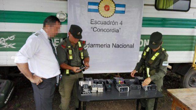 Gendarmería secuestró celulares por más de un millón de pesos en Concordia