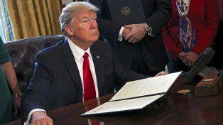 Una Corte de Apelaciones rechazó la moción de restaurar el decreto migratorio de Trump