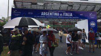 la lluvia interrumpio el partido entre berlocq y lorenzi