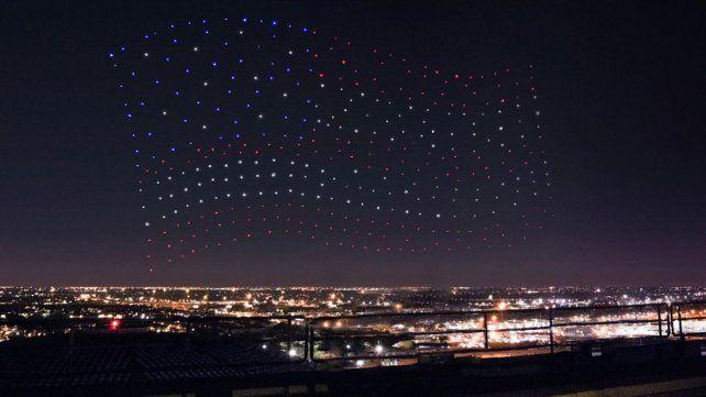 Super Bowl 2017: cómo se hizo el espectacular show de drones y el engaño a los televidentes