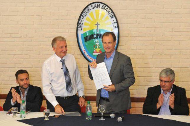 Bordet afirmó que pronto estará operativo el empréstito internacional para municipios