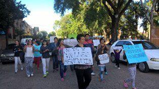 Marcharon pidiendo justicia por el abuso a un joven discapacitado