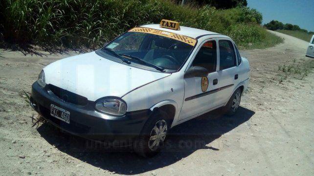 Investigación. La Policía realizó pericias en el vehículo buscando pistas para llegar al ladrón.